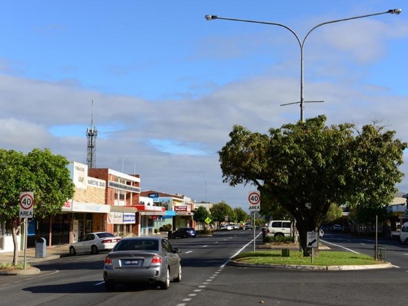 Country-Road-Estate-Mareeba (1)